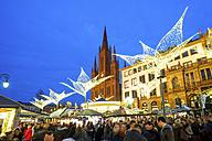 Germany, Wiesbaden, Wiesbadener Sternschnuppenmarkt - PUF00717