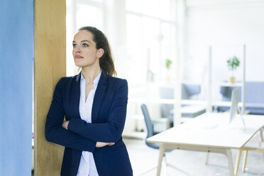 Businesswoman in office thinking - JOSF01780