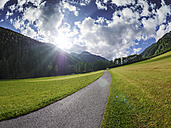 Italy, South Tyrol, path towards Schlinig Pass - LAF01893