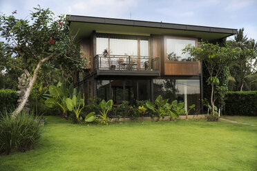 Modern design house surrounded by lush tropical garden - SBOF00849