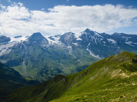 Austria, Hohe Tauern, Grossglockner High Alpine Road, view on Grossglockner - AMF05475