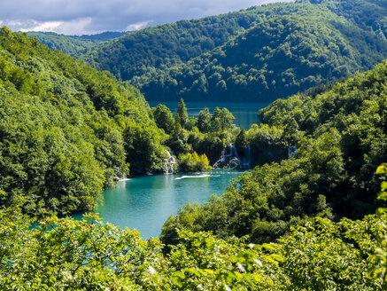 Croatia, Lika-Senj, Osredak, Plitvice Lakes National Park - AMF05484