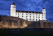 Slovakia, Bratislava, Bratislava Castle illuminated at night - ABO00268