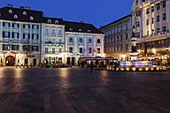 Slovakia, Bratislava, Old Town, Main Square at night - ABOF00283