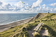 Denmark, Bovbjerg, paragliders at the coast - HWOF00214