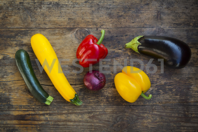 Vegetables on dark wood - LVF06341