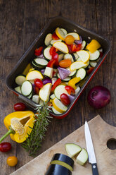 Raw Mediterranean oven vegetables on roasting tray - LVF06344