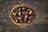 Roasted sweet chestnuts in a basket - LVF06357