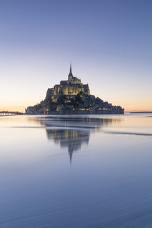 France, Normandy, view to lighted Mont Saint-Michel, blue hour - RPSF00001