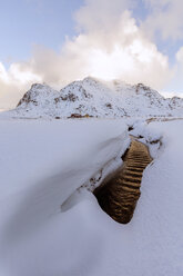 Norway, Lofoten, Flakstad, winter landscape, brook and snow - RPSF00062
