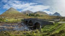 Great Britain, Scotland, Isle of Skye, Stone bridge Slingachan - STSF01351