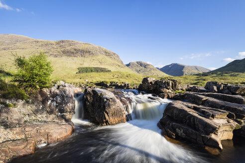 Great Britain, Scotland, Scottish Highlands, Glen Coe, Glen Etive, River Etive, River Etive Falls - FOF09436