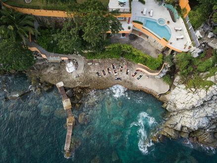 Mexico, Jalisco, Mismaloya near Puerto Vallarta, Luxury yoga retreat - ABAF02176