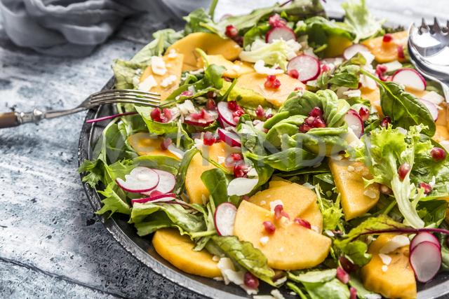 Kaki salad with red radish, pomegranate, avocado and cheese - SARF03423
