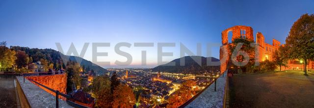 Germany, Baden-Wuerttemberg, Heidelberg,  Heidelberg Castle and city view - PUF00945
