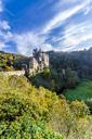 Germany, Wierschem, View to Eltz Castle in autumn - MH00428