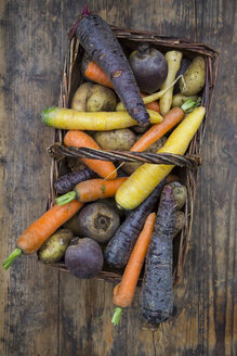 Winter vegetables, carrot, beetroot, potato and parsnip in basket - LVF06474