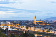 Italy, Tuscany, Florence, Old town with Arno river and Ponte Vecchio, blue hour - CSTF01542