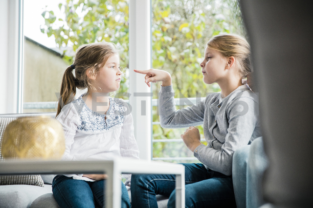 Two girls having a dispute - MOEF00516