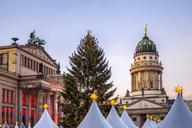 Germany, Berlin, Berlin-Mitte, Gendarmenmarkt, Christmas market - PUF00991