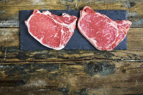 Raw beefsteaks - GIOF03682
