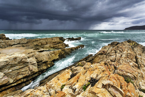 Africa, South Africa, Western Cape, Plettenberg Bay, Robberg Nature Reserve - FPF00140