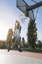 Man playing basketball - ALBF00329