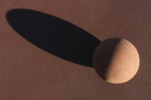Basketball, shadow of basketball - ALBF00338