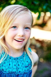 Portrait of happy girl outdoors - SRYF00587
