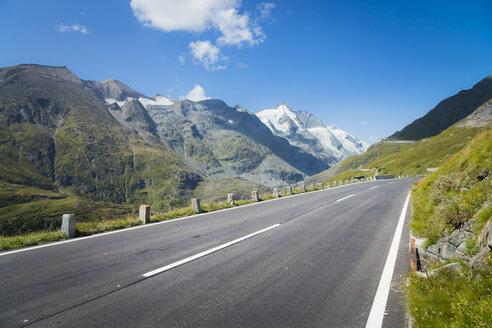 Austria, Carinthia, Grossglockner, Grossglockner High Alpine Road - STCF00354