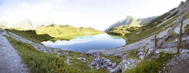Austria, South Tyrol, panoramic view of mountain lake - FKF02852