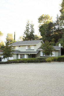 One-family house at the roadside - MFRF01148