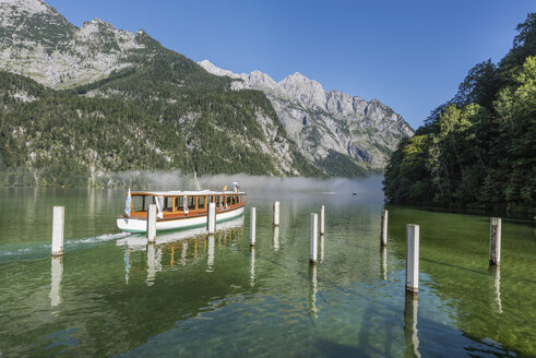 Germany, Bavaria, Berchtesgaden Alps, Lake Obersee, ferry - RPSF00074