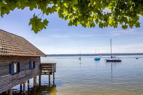 Germany, Bavaria, Upper Bavaria, near Herrsching, Ammersee lake, boathouse - PUF01078