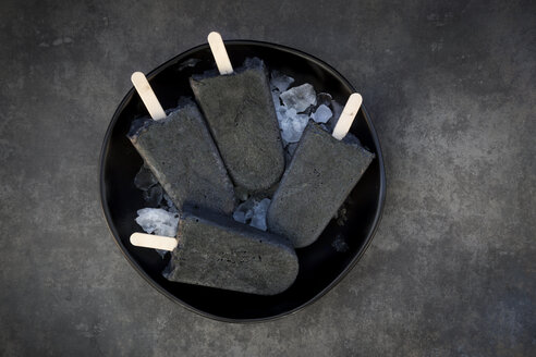 Homemade yoghurt icecream with activated coal - LVF06583