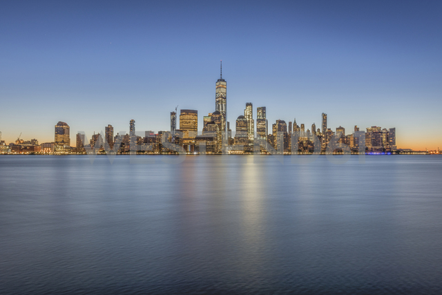USA, New York City, Manhattan, New Jersey, cityscape - RPSF00125
