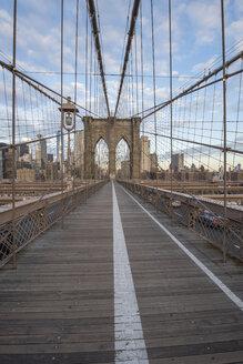 USA, New York City, Brooklyn Bridge - RPSF00146