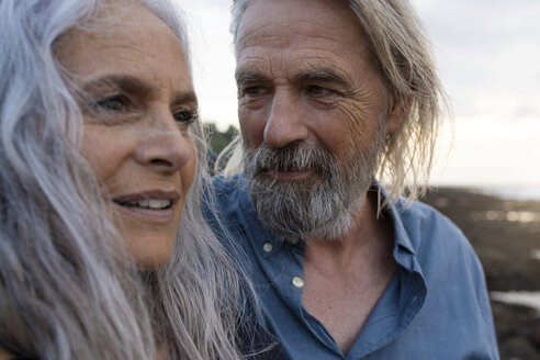 Portrait of a handsome senior couple at the sea - SBOF01046