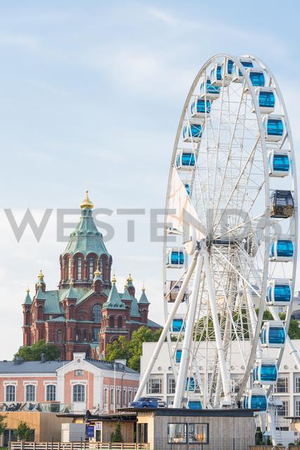 Finland, Helsinki, Uspenski Cathedral, big wheel Finnair Skywheel - CST01573