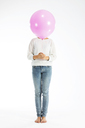 Girl holding balloon - MAEF12472