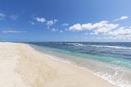 Réunion, West Coast, Saint-Gilles-Les-Bains, beach Plage des Brisants - FOF09678