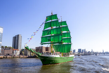 Germany, Hamburg, Harbour birthday, sailing boat - PU01088