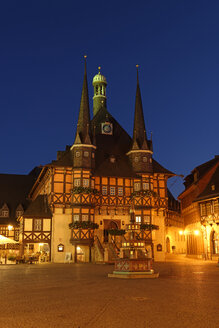 Germany, Wernigerode, townhall and market square in the evening - LBF01734