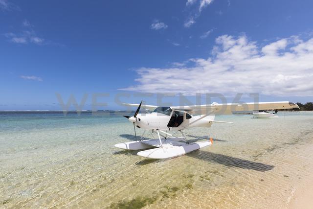 Mauritius, Southwest Coast, seaplane at beach - FOF09728