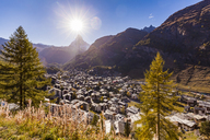 Switzerland, Valais, Zermatt, Matterhorn, townscape, chalets, holiday homes - WDF04354