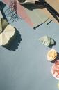 Paper flowers, tinkering - MOMF00377