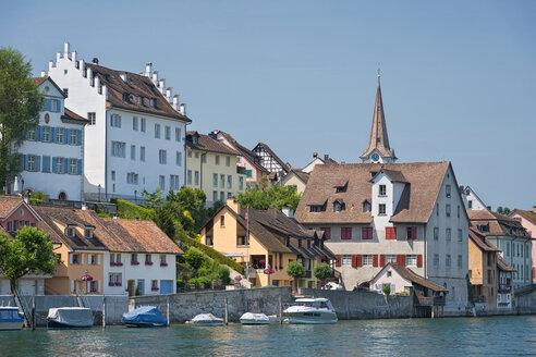 Switzerland, Thurgau, Diessenhofen, townscape with Rhine - SHF01968