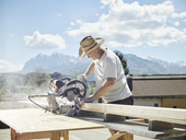 Carpenter working, circular saw - CVF00094