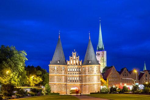 Germany, Schleswig-Holstein, Luebeck, Old town, Holsten Gate - PUF01250