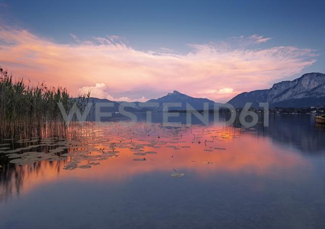 Austria, Upper Austria, Lake Mondsee at dusk - WVF00920